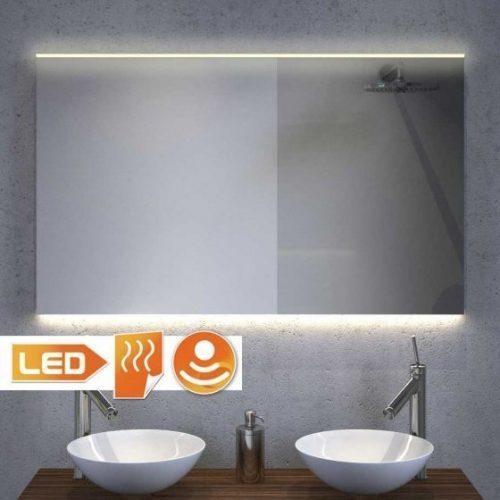 Moderne spejl med LED lys