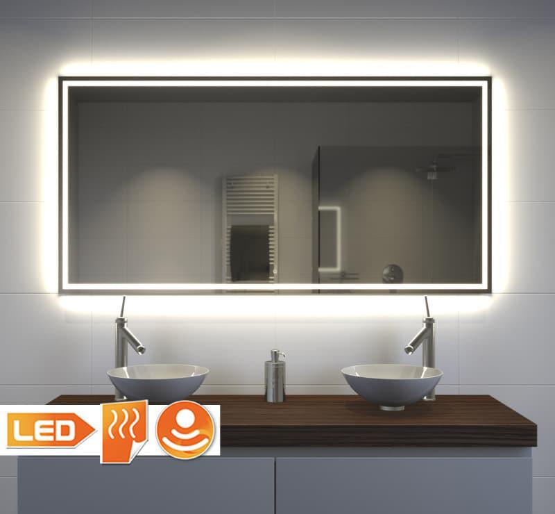 Moderne badeværelse spejl
